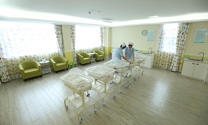 专业护理24小时宝宝守护