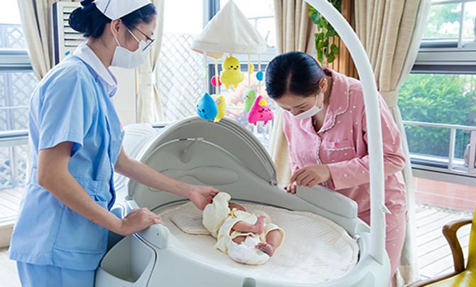 专业护理宝宝看护